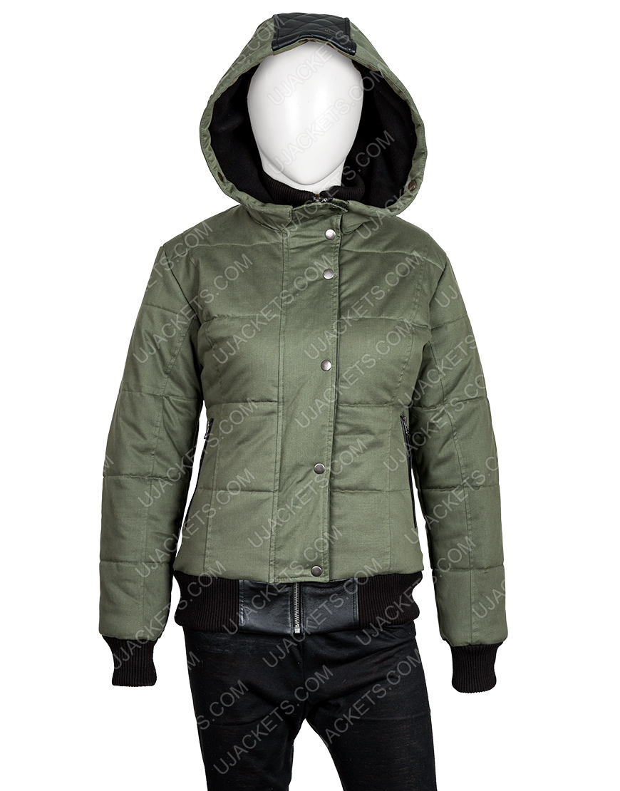 Chicago P.D. S07 Ep19 Hailey Upton Puffer Jacket