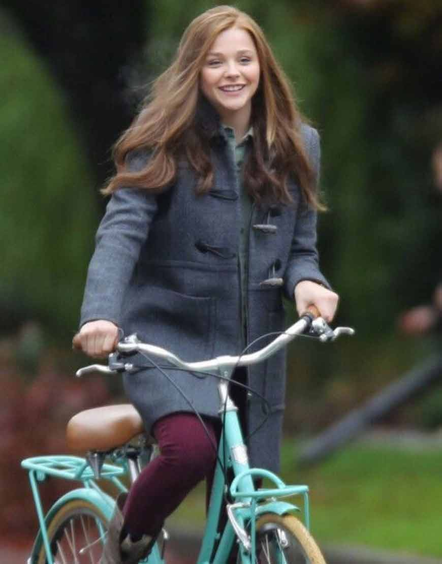 Chloë-Grace-Moretz-If-I-Stay-Mia-Hall-Grey-Coat-with-Hood