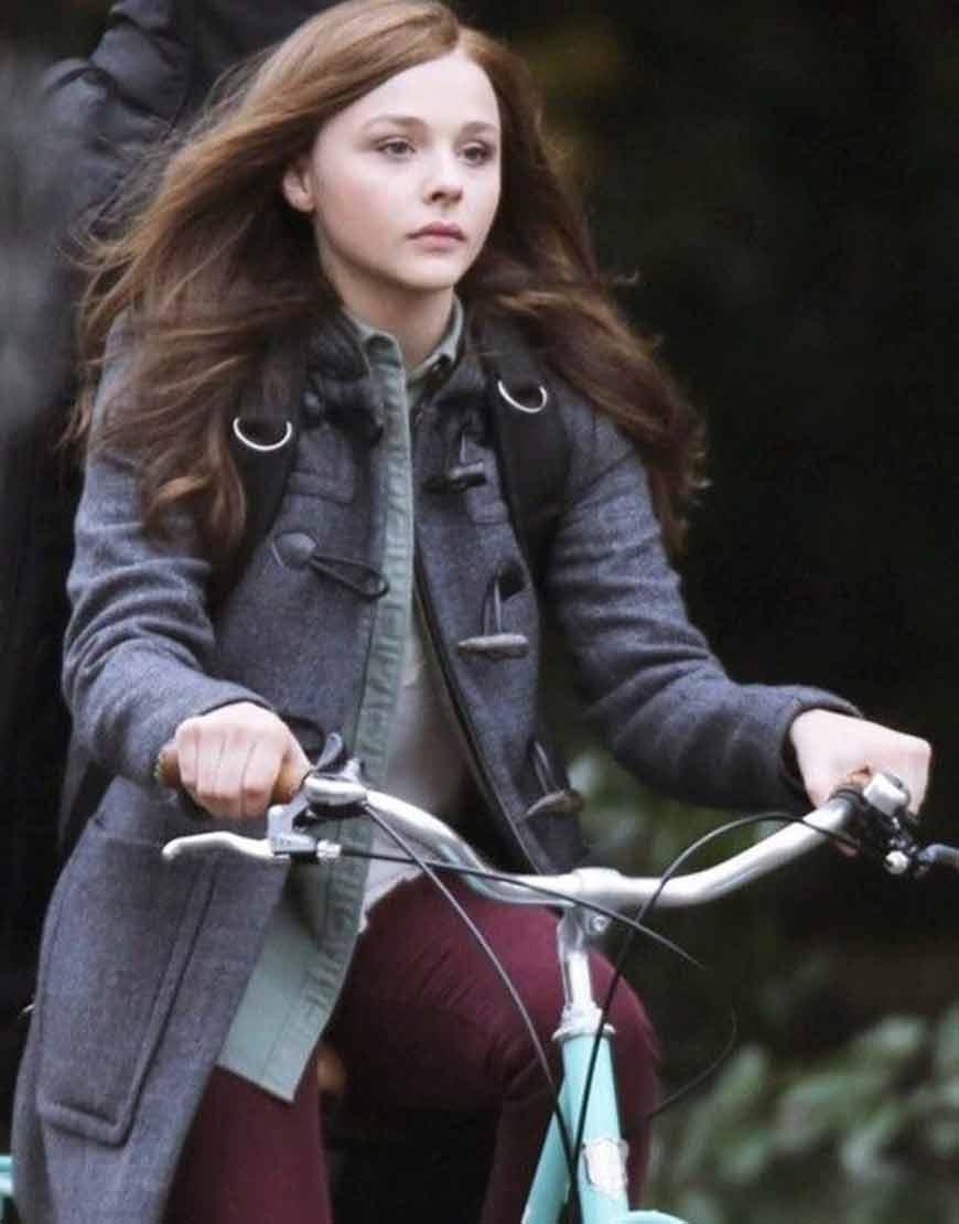 Chloë-Grace-Moretz-If-I-Stay-Mia-Hall-Grey-Coat