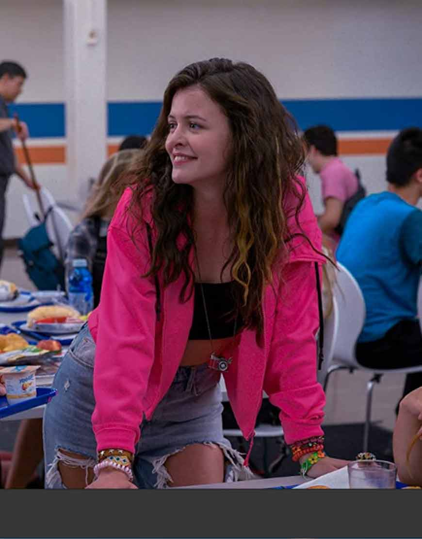 Ginny-&-Georgia-Sara-Waisglass-Pink-Jacket
