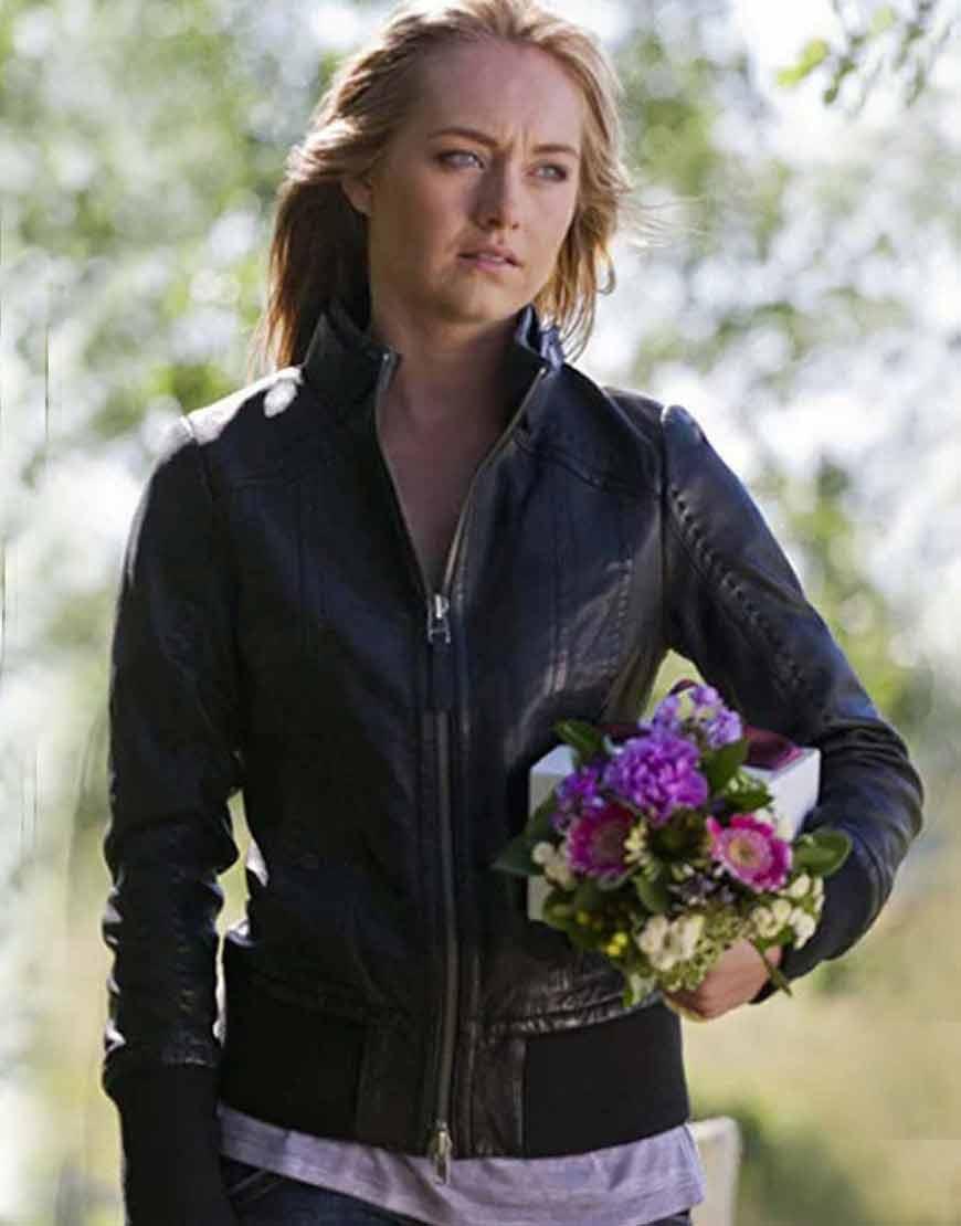 Heartland-Amy-Fleming-Black-Leather-Jacket