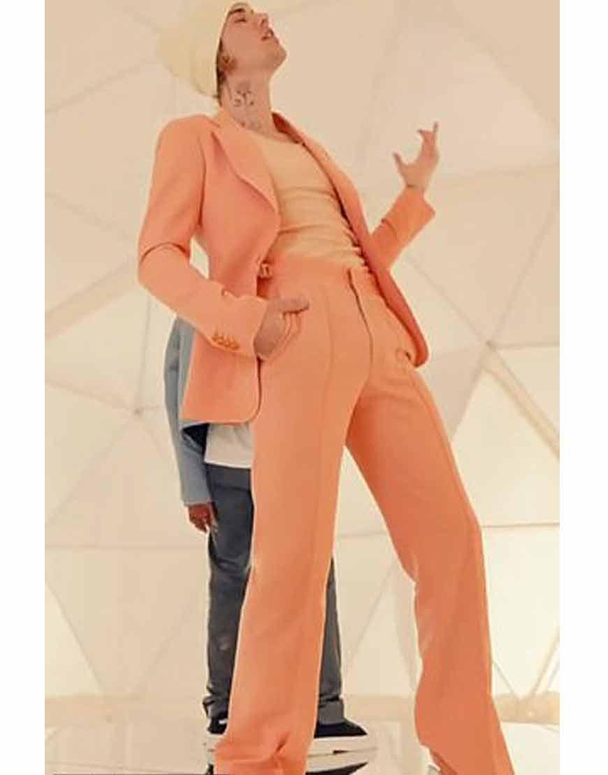 Justin-Bieber-Peaches-Peach-Suit