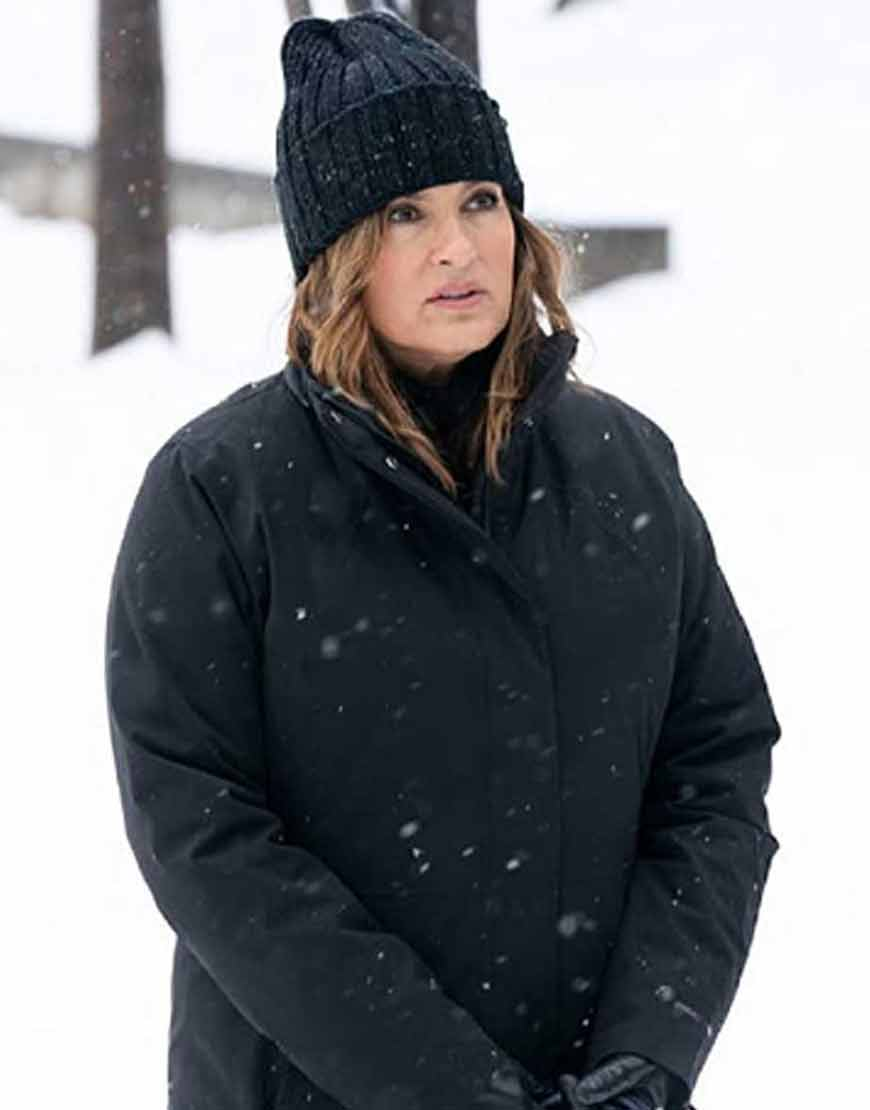 Law-Order-Organized-Crime-2021-Olivia-Benson-Coat