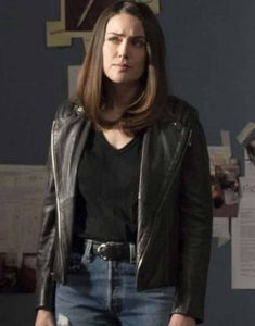 Megan-Boone-The-Blacklist-S08-Jacket