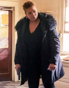 Queen-Latifah-TV-Series-The-Equalizer-Robyn-McCall-Black-Fur-Collar-Coat