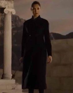 Zack-Snyders-Justice-League-2021-Black-Coat
