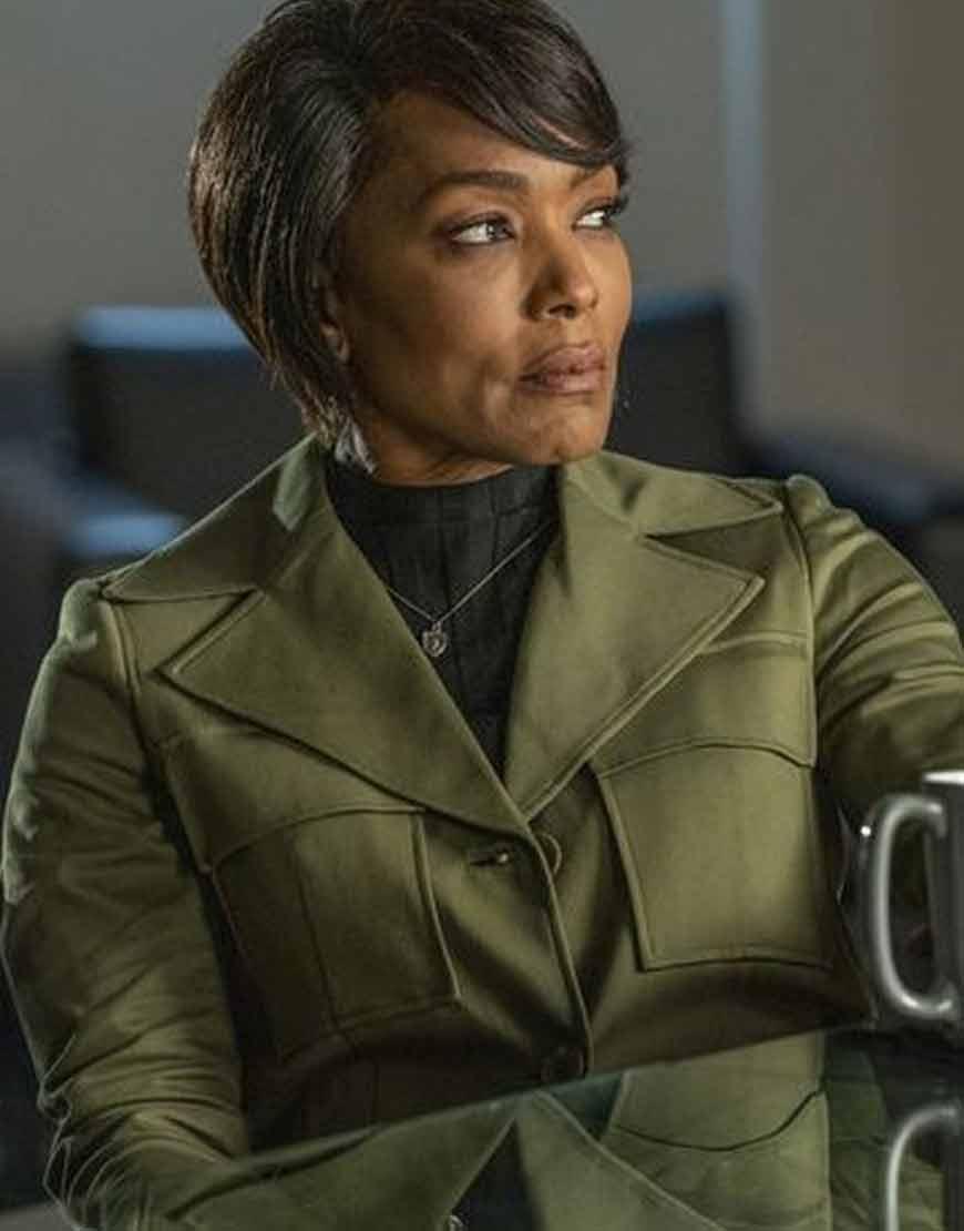 Angela-Bassett-TV-Series-9-1-1-Athena-Grant-Olive-Coat