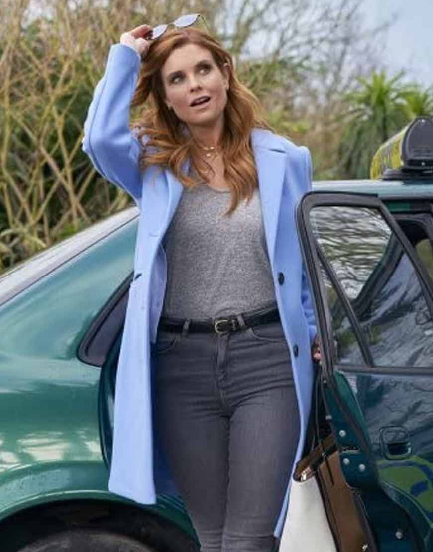 As-Luck-Would-Have-It-JoAnna-Garcia-Swisher-Coat