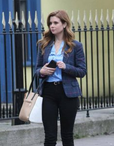 As-Luck-Would-Have-It-JoAnna-Garcia-Swisher-Tweed-Blazer