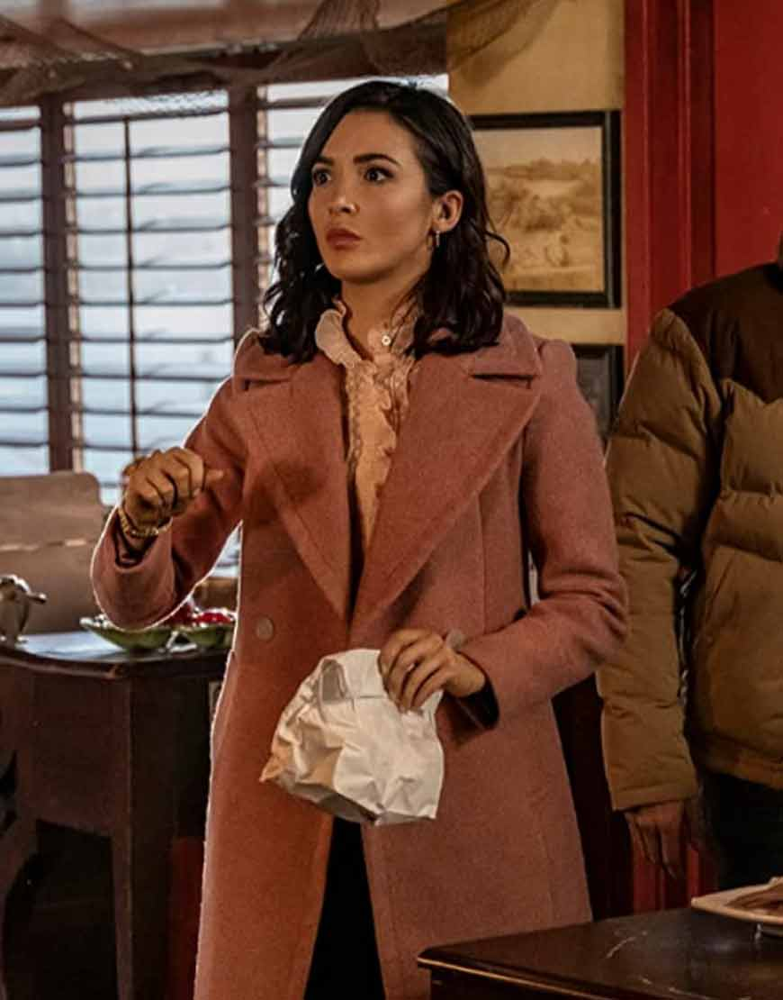Nancy-Drew-S02-Ep-10-Kennedy-McMann-Pink-Coat