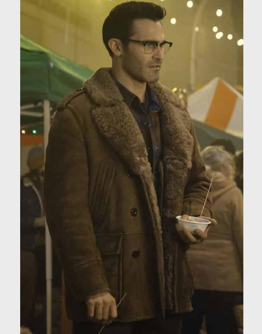 Superman-and-Lois-2021-Clark-Kent-Shearling-Coat