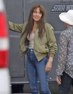 Those-Who-Wish-Me-Dead-2021-Angelina-Jolie-Green-Jacket