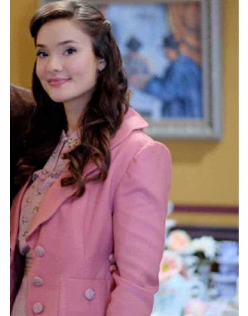 When-Calls-the-Heart-2021-Eva-Bourne-Pink-Coat