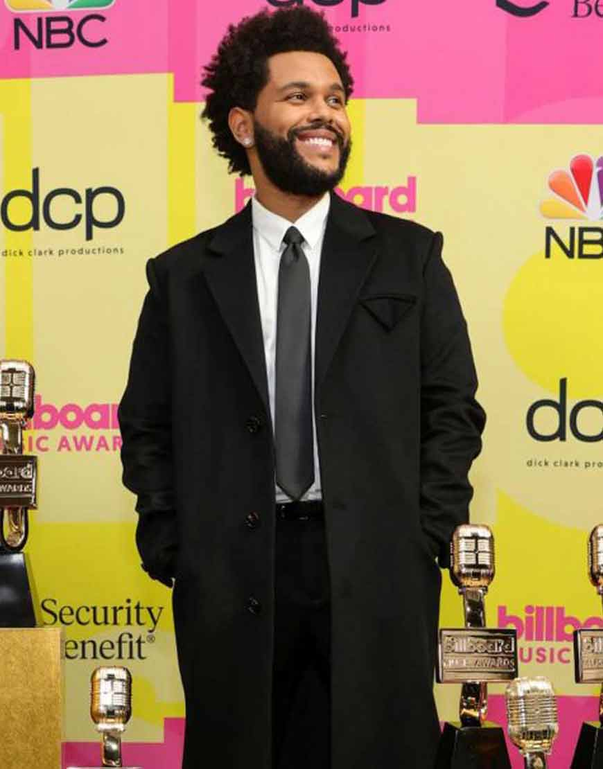 Billboard-Music-Awards-2021-The-Weeknd-Black-Trench-Coat