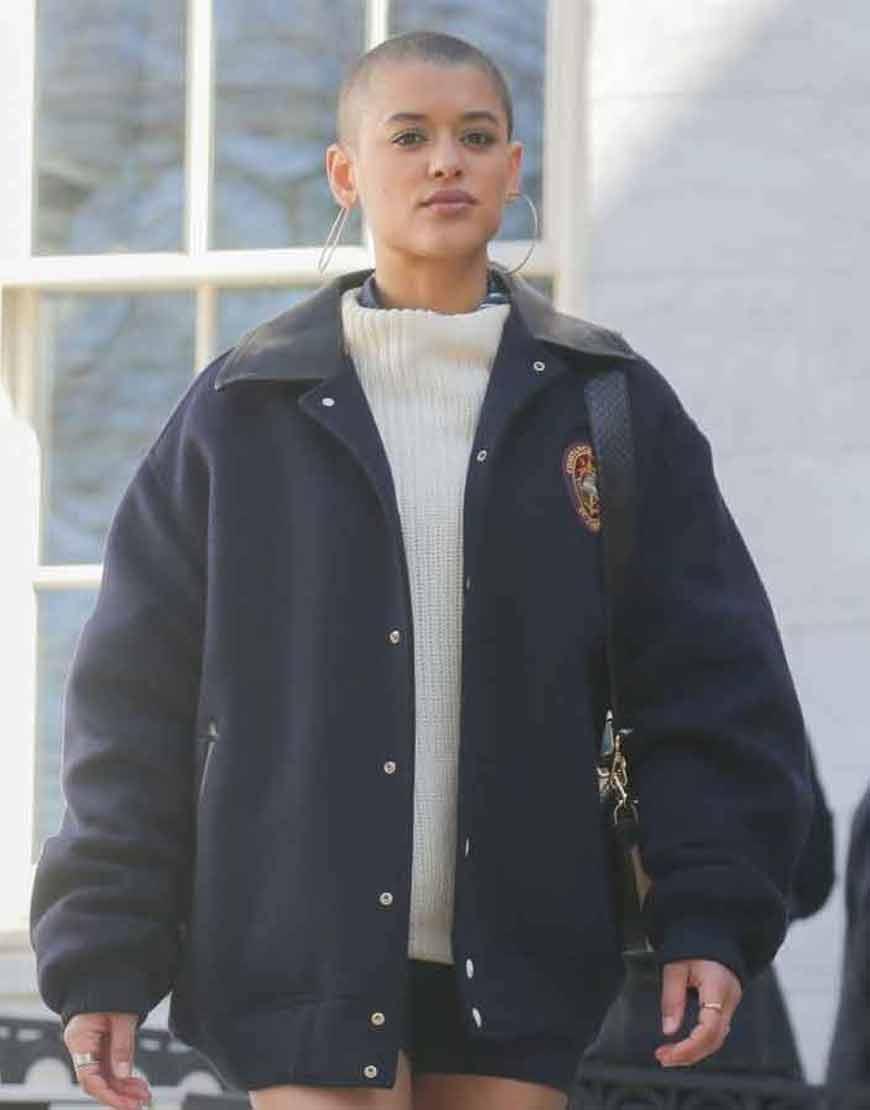 Gossip-Girl-2021-Julien-Calloway-Oversize-Blue-Jacket
