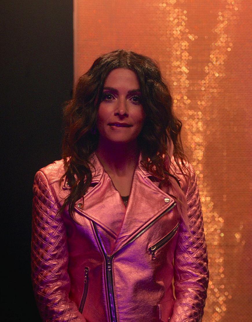 TV-Series SexLife 2021 Sarah Shahi Pink Jacket