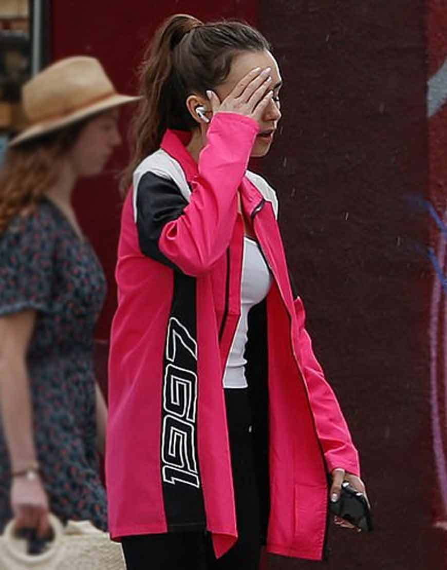 emily-in-paris-s02-lily-collins-emily-cooper-polyester-pink-jacket