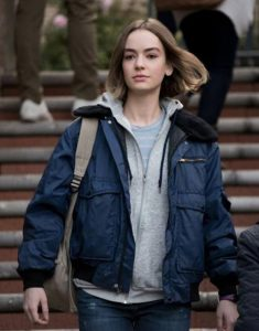 Casey Gardner TV Series Atypical S04 Brigette Lundy-Paine Blue Jacket