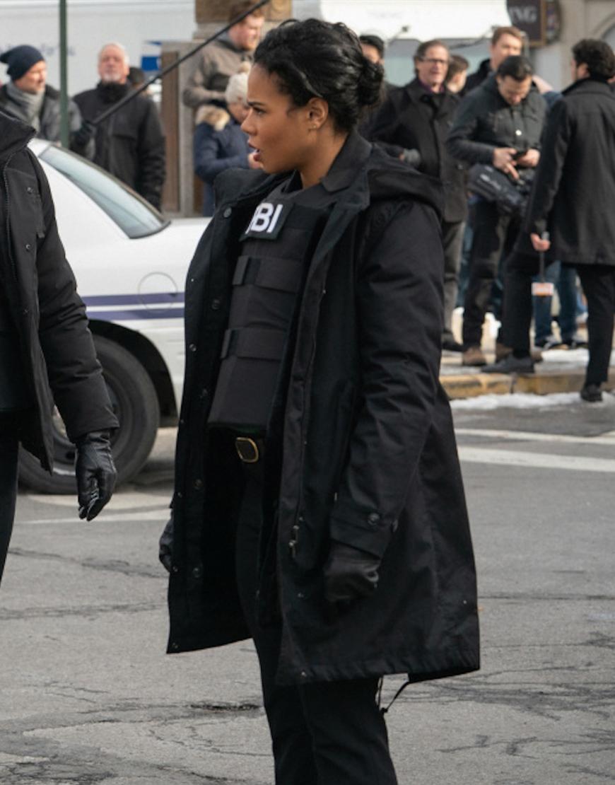 FBI Most Wanted S03 Roxy Sternberg Black Puffer Coat