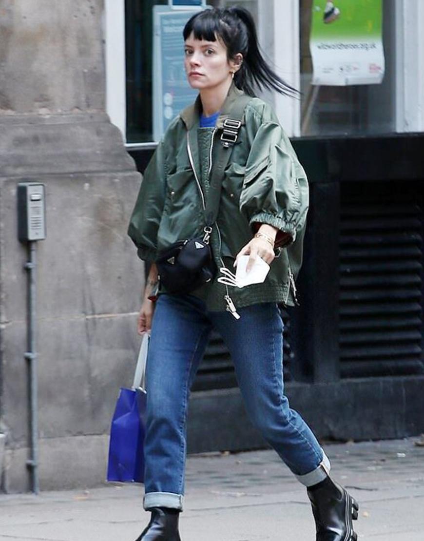 Noel Coward Theatre Lily Allen Green Jacket