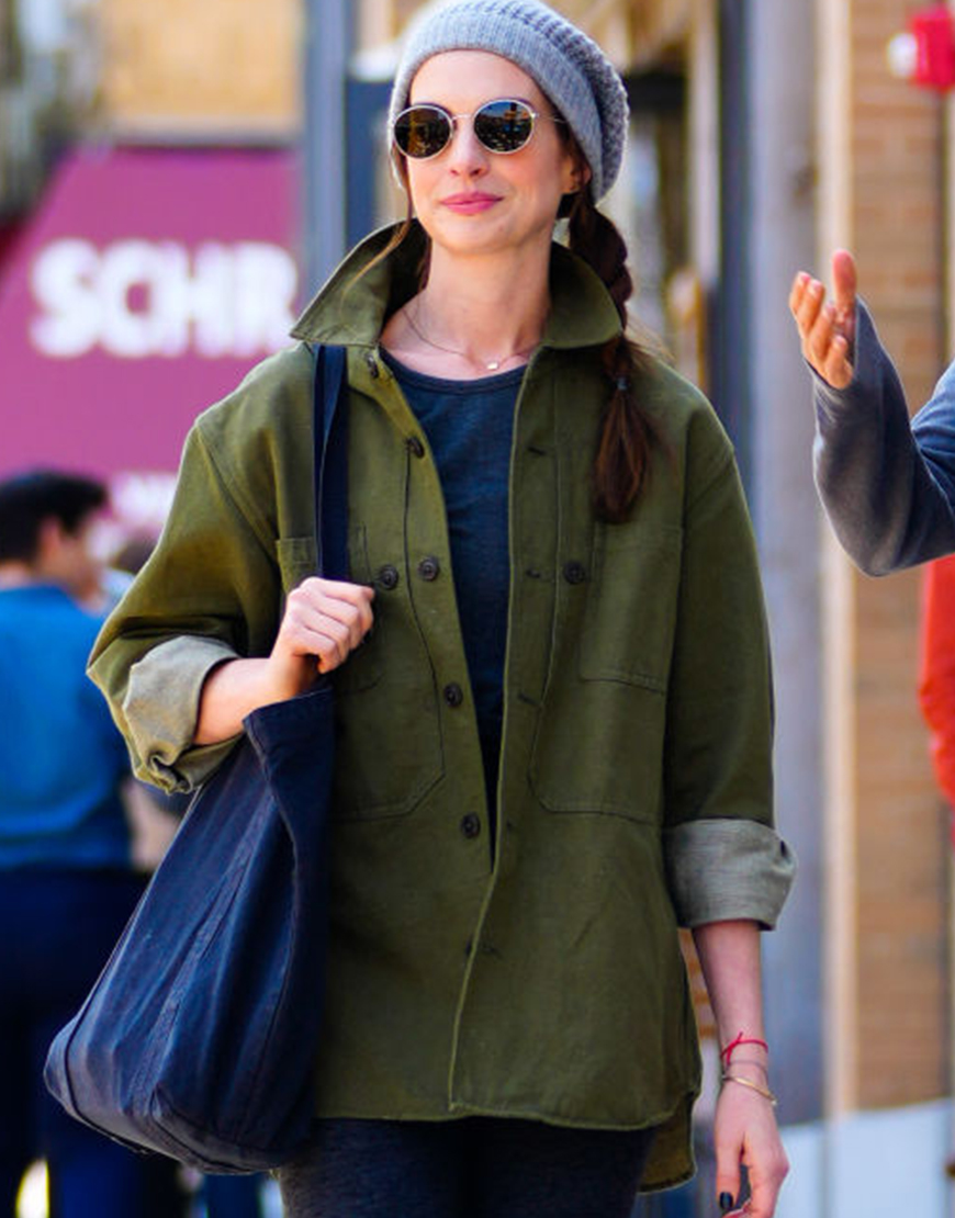 TV-Series WeCrashed Anne Hathaway Green Coat