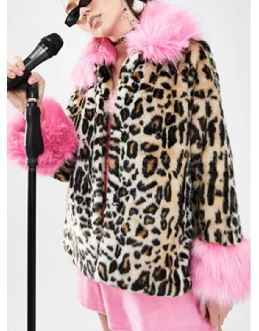 The Baby-Sitters Club S02 Vivian Watson Leopard Fur Jacket